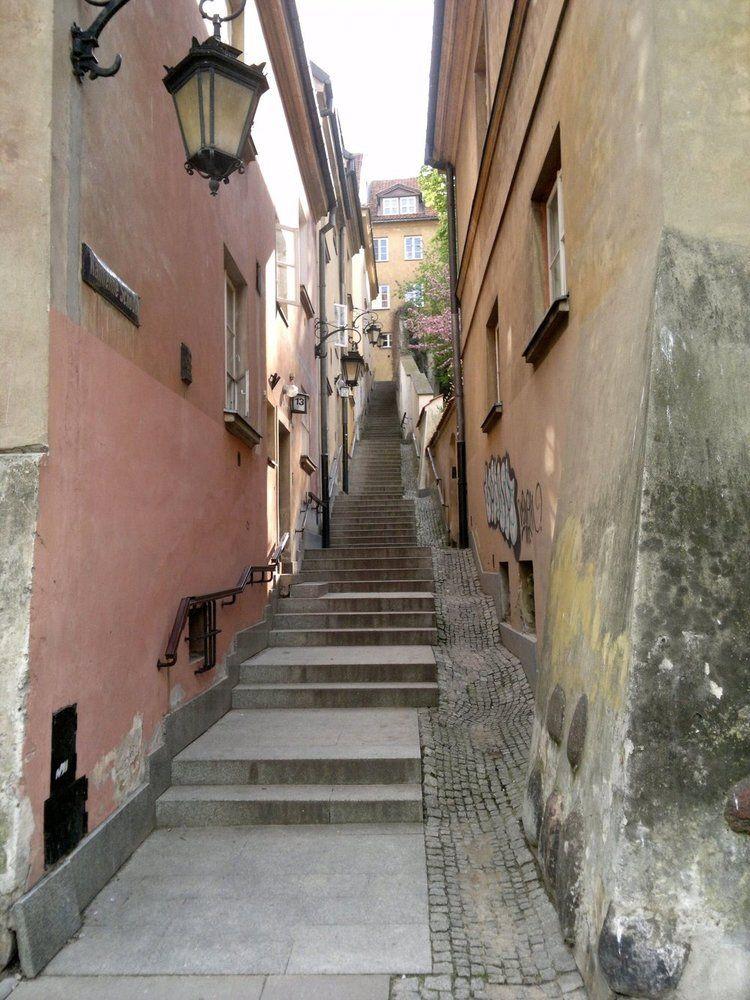 stonestairs.jpg
